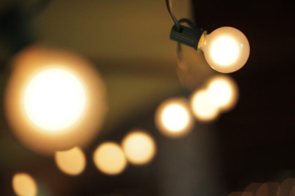 light, light bulb, lamp-677062.jpg